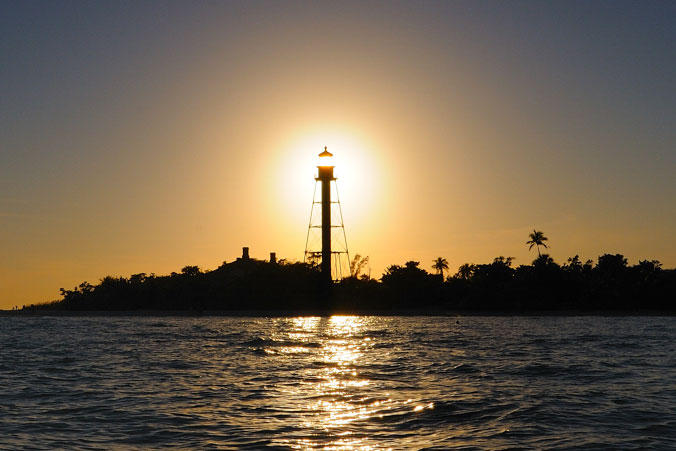 image of Sanibel Lighthouse at Sunset